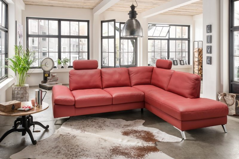 Viele Kunden füllen sich durch die Orginalität und Modernität unserer Möbel verzaubert und gestallten einmalige Innenräume.